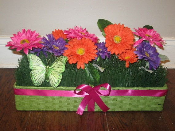 Gerbera Daisy, Spring Centerpiece, Spring Decoration -  Mother's Day Gift