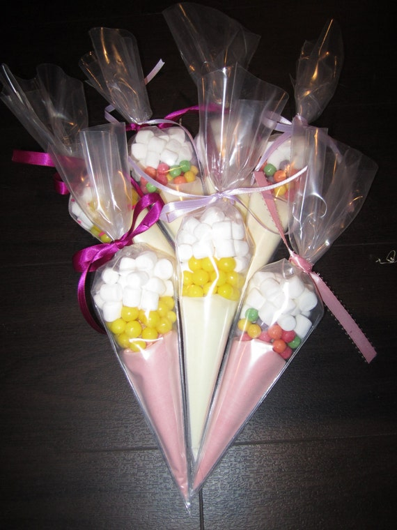Lemonade Favors - Pink and Yellow Lemonade Cones
