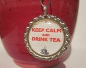 "Tea Infuser - Bottle Cap Charm - keep calm - 2"" Mesh Ball"
