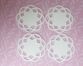 Dollhouse miniature cake doilies white fancy 4 pcs Supplies for miniature sweets display
