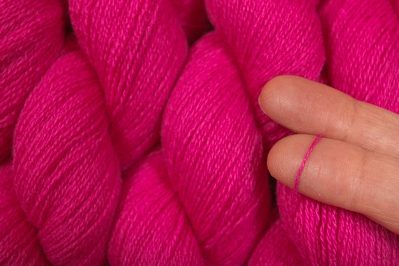Recycled Yarn Hot Pink Cashmere 472 Yards