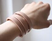 Wristband dusky pink