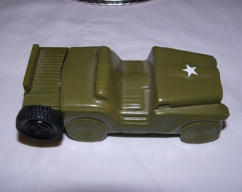 Vintage Rare Avon Wild Country After Shave Green United States Army Jeep Bottle
