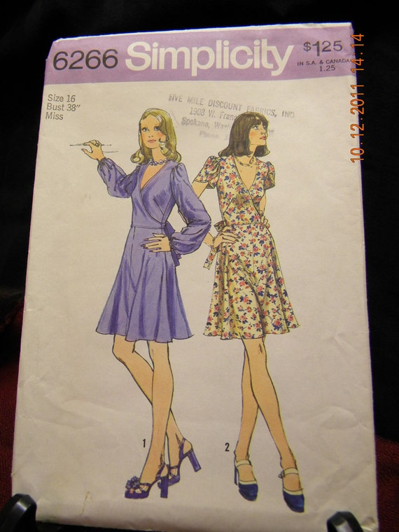 juniors petites' and misses dress pattern simplicity 6266