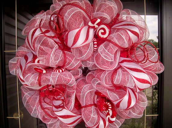 Christmas Chic Peppermint Wreath