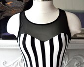 Black and White Bombshell Burlesque Pin Up Dress  Stretchy size 4