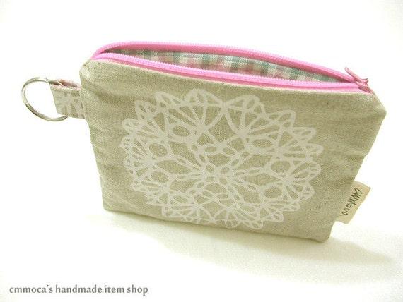 SUMMER SALE - White Doily Print Key Chain Pouch - Natural Linen