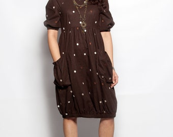 Fun and Comfortable Polka Dot Linen Dress
