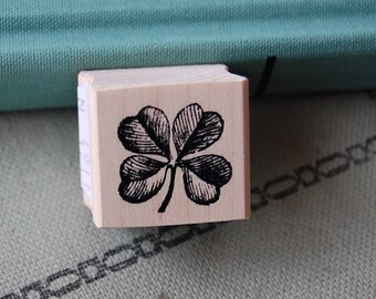 Clover Wood Mounted Rubber Stamp 4911