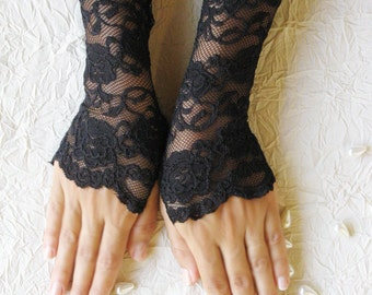 SALE Black lace gloves, finger less gloves, FREE SHIPPING Christmas sale