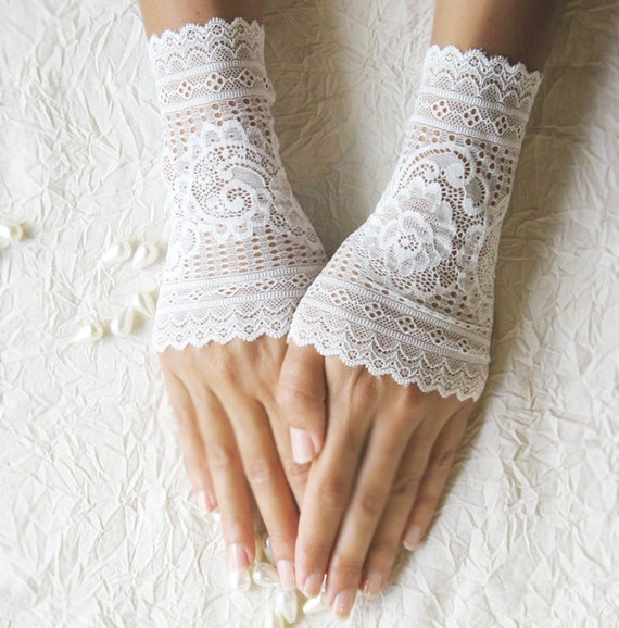 wedding lace gloves cuffs mittens ivory gloves 25% OFF free shipping