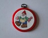 Santa's Helper w/Candy Cane Ornament