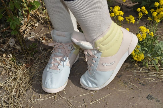 Vtg 80s Pastel Bass Air High Top Sneakers Made in U.S.A. Size 7.5