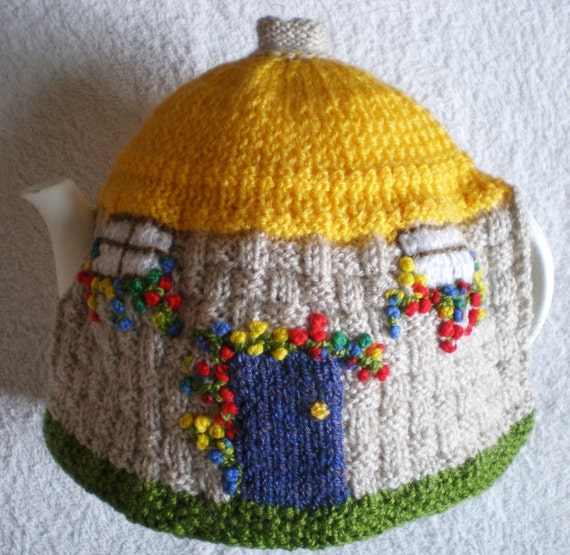 Knitting Pattern For Traditional Tea Cosy : Hand knitted Tea Cosy English Country Thatched Cottage design