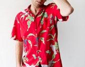 Men's Vintage 80's Red Parrot Hawaiian Shirt Size Medium