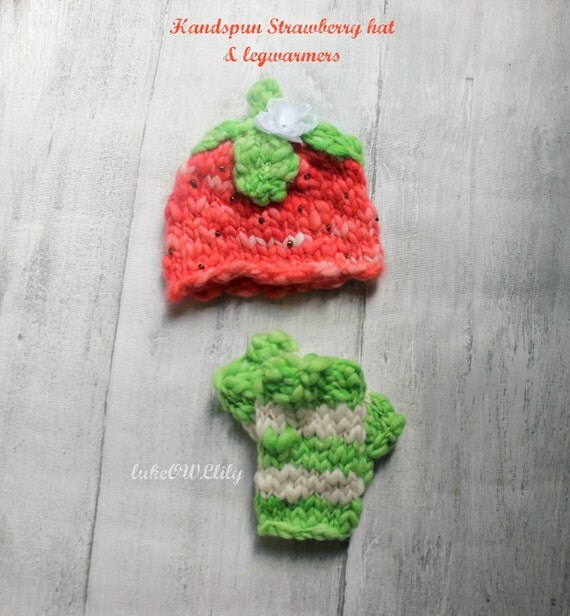 IN STOCK- newborn baby strawberry hat and leg warmer set ready to ship photography prop ooak handspun
