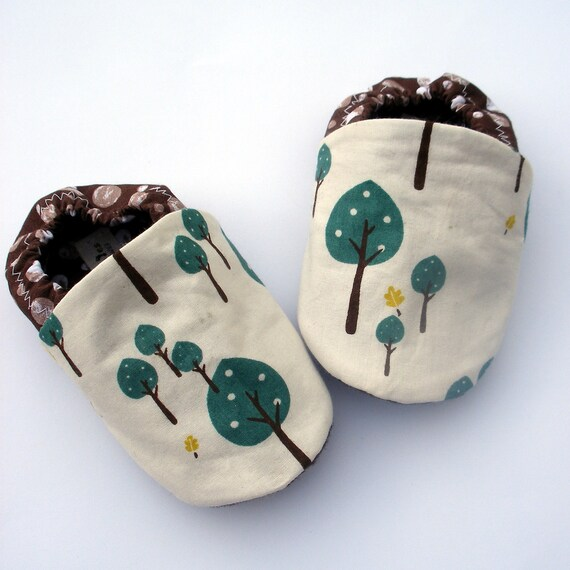 0-3 month Little Tree Hugger Organic Cotton Handmade Baby Booties Boy or Girl- Eco Friendly Children's Fashion organic shoes