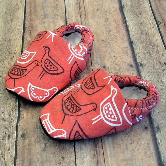 12-18 months Old Red Hen Organic Baby Shoes with organic bamboo fleece lining- Unisex boy or girl Handmade Booties- Baby Clothes