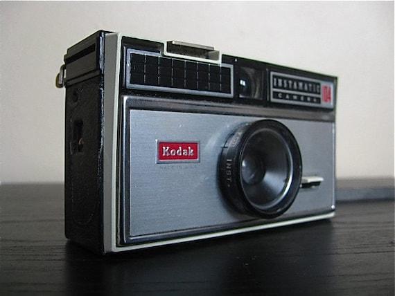 Vintage Kodak 104 Instamatic Camera.