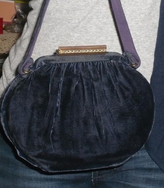 Art Deco Purple Velvet Purse  / Dressy Handbag / Adorable Gorgeous