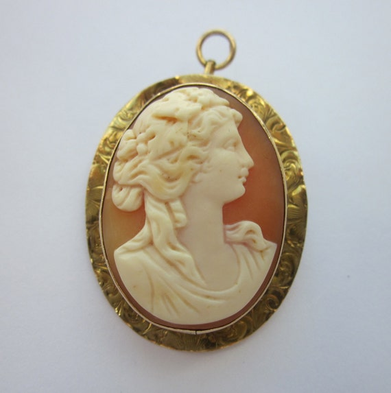 Antique Pre-Civil War Carved Shell Cameo with Swirly Gold Mount Pendant
