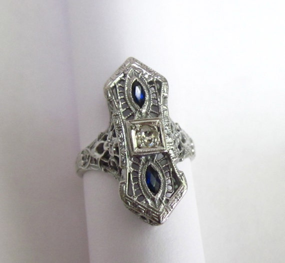 GORGEOUS Antique 1920s Diamond and Sapphire 14K Ring