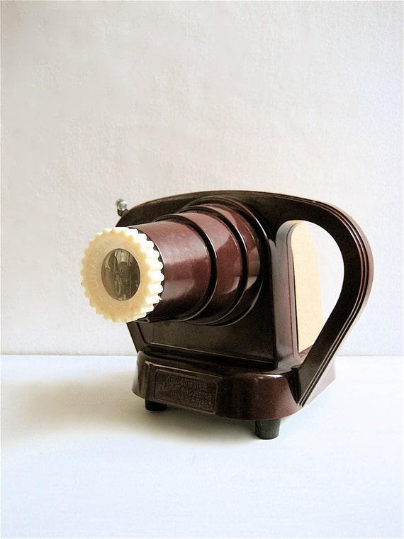 R E S E R V E D  Vintage Viewmaster Junior Projector w/ Original Carrying Case