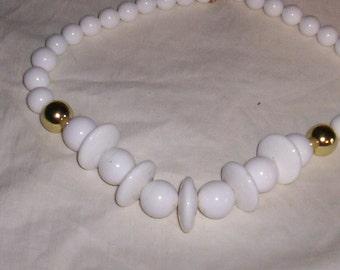 vintage necklace studio 3 white beads