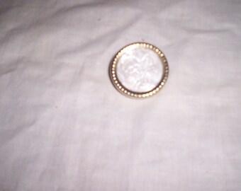 vintage pin brooch gold scrolls