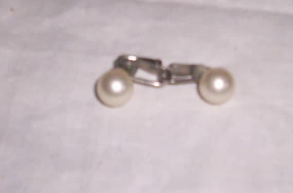 vintage clip on earrings small faux pearls
