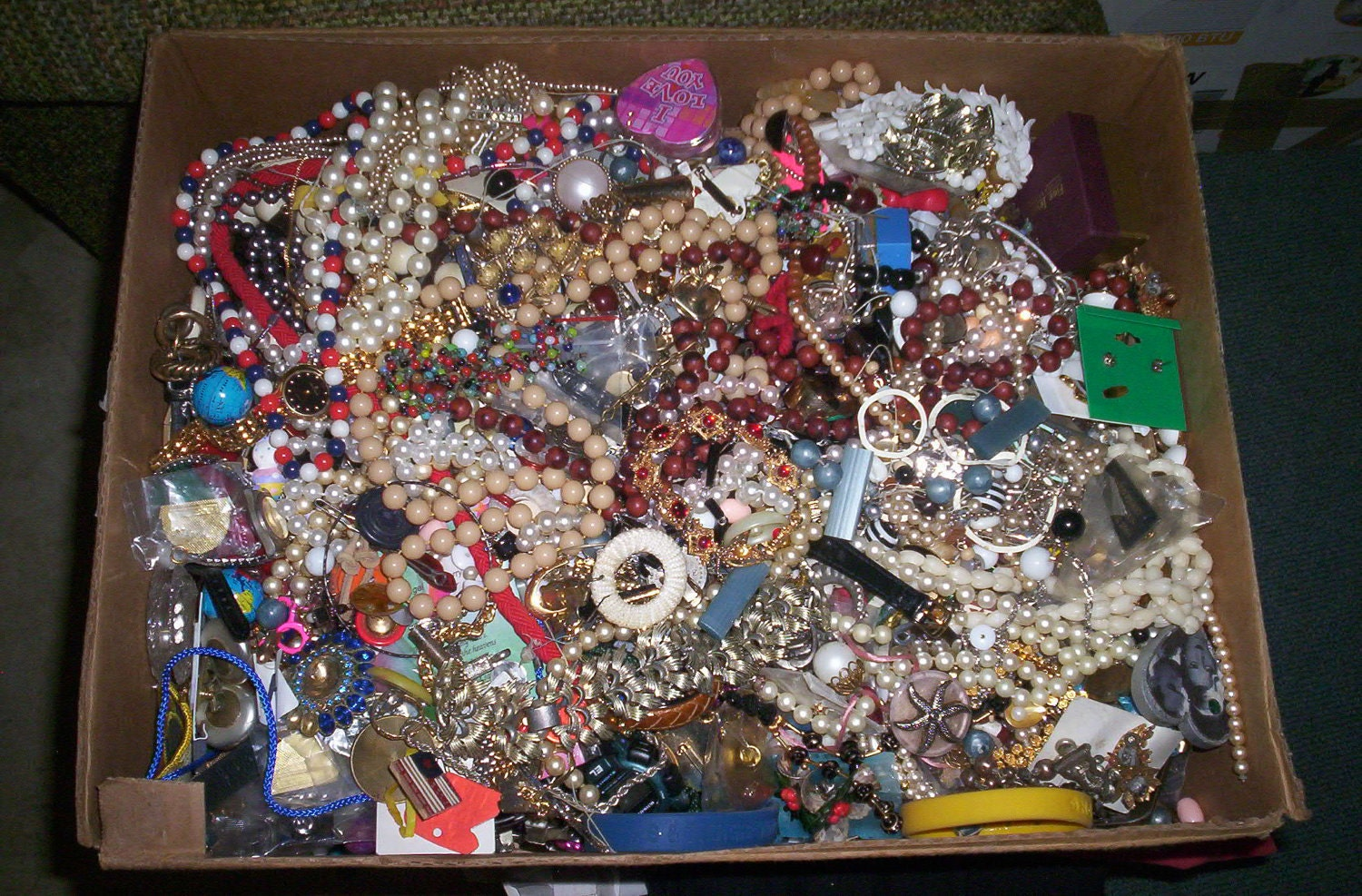 Vintage Costume Jewelry Lots 112