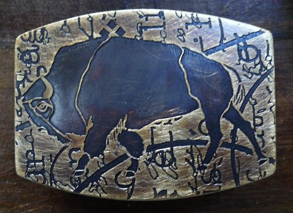Men's Designer BISON BUFFALO Solid Brass Belt Buckle Abstract Lewis and Clark Text