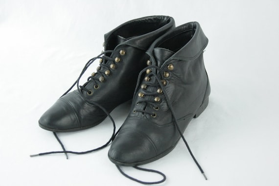 Black Leather Fold Over Granny Lace Up Boots Size 6 6.5