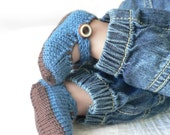 Brown and blue knitted merino wool baby booties