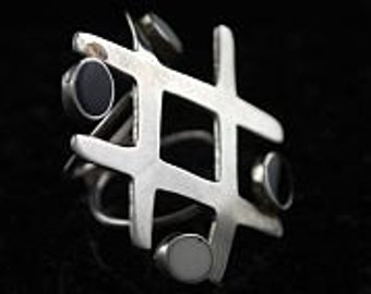 And the beat goes on sterling silver musical theme ring_049
