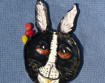 Funky unique bunny Rabbit. Trinket candy dish Dish made in USA from a lump of Clay, from soap to nuts, maybe jellybeans