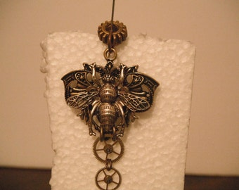 Honey Gears necklace
