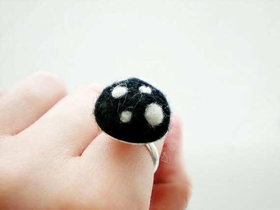 Black and White Polka Felt Dot Ring - Needle Felted Mushroom Ring