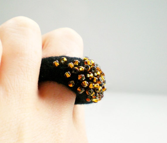 Black and Gold Felt Ring with Gold Glass Beads