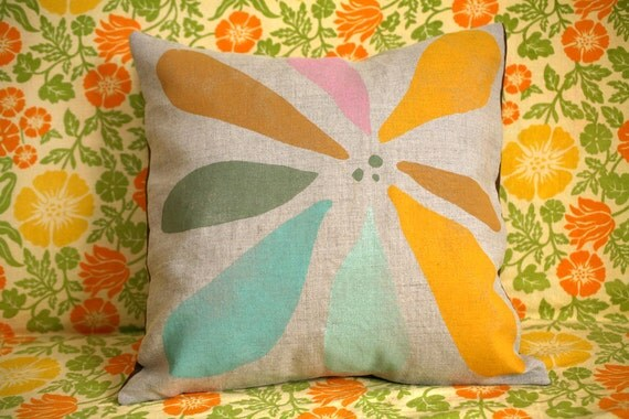 "Blockprinted Linen Pillow Cover - Hanabi (removable, 16"" x 16"")"