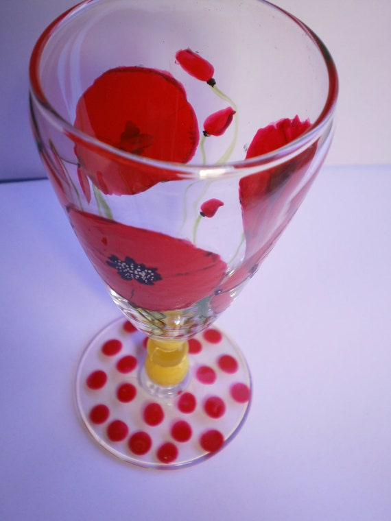 Red Poppies and polka-dots - red & yellow wineglass mini