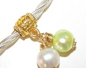 Charm DANGLE - 1 DOUBLE Dangle - Light Green and White - Freshwater Pearl - Potato - 22mm - Wire Wrapped - Gold - Ref Pand ch 28