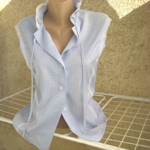 VINTAGE Romantic Blouse Woman Rufle collar Lace decorated Sky blue/ White Plaid Cotton/Polyester Sleeveless Size L US14 UK16 By Dilma