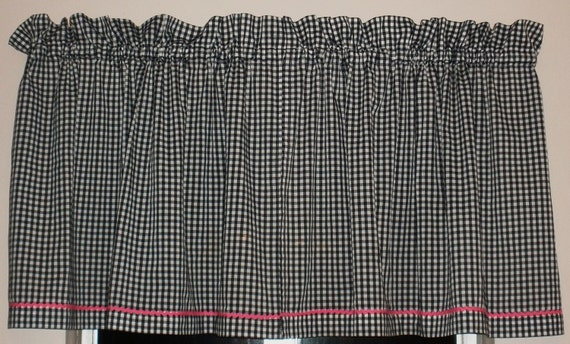 Vintage Black and White Gingham Curtains with Pink Trim . Super Cute Pair