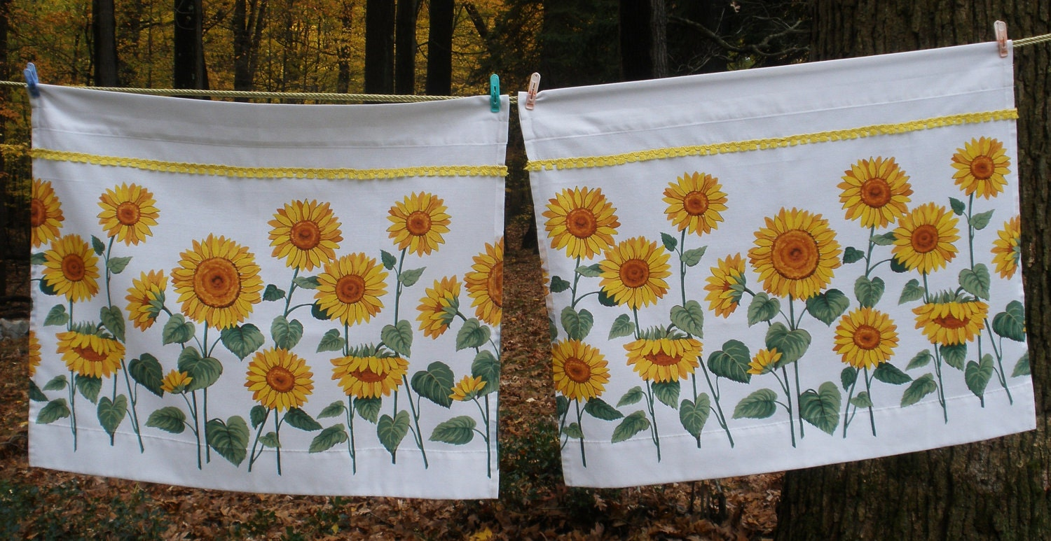 Cheery Sunflower Kitchen Curtains Vintage 1970s Flat
