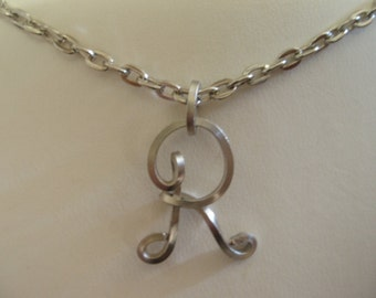Wire Initial R Necklace
