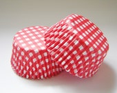 Red and White Checkered Cupcake Liners - Baking Cups - Picnic  (50)