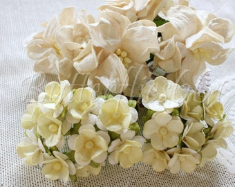 25 Handmade Mulberry Paper Flowers Mixed Sizes of  Ivory Tone Wedding Roses Code M153
