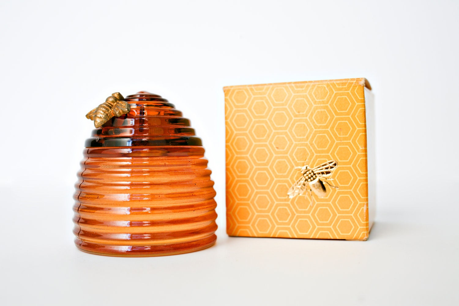 vintage antique avon cologne perfume honey bee by. Black Bedroom Furniture Sets. Home Design Ideas