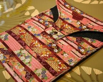 Ipad Cover,iPad Sleeve,padded, ART NOUVEAU print, Ipad 1,Ipad 2, iPad Case, Ipad Bag, ipad Pouch in a cotton Japanese flower garden